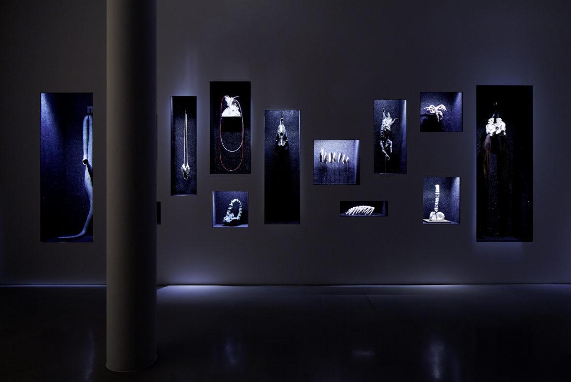 Yvonne Roeb: IM ÜBER ALL Ausstellungsansicht Schering Stiftung