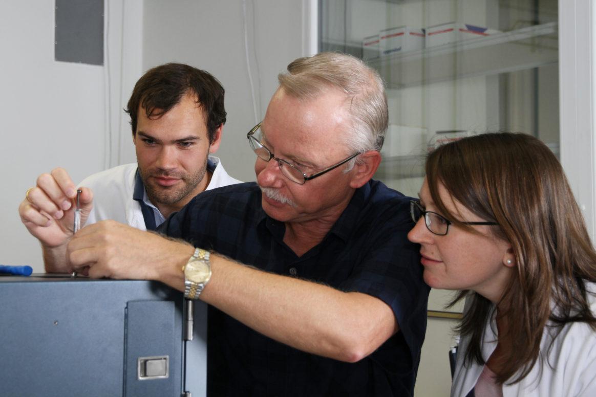Prof. Dr. Franz-Ulrich Hartl - Ernst Schering Preisträger 2016 im Labor