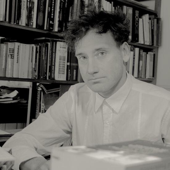 Moderator Jens Hauser