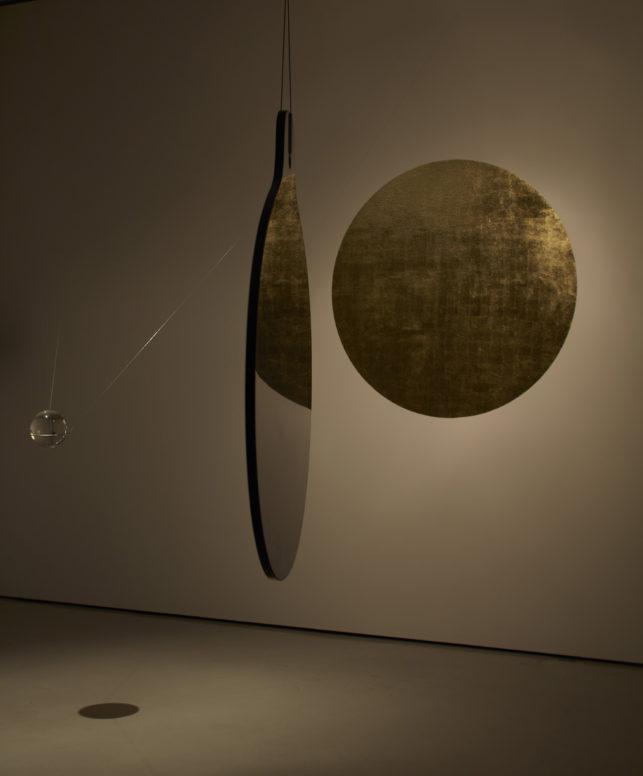 Otavio Schipper & Sergio Krakowski: SMOKING MIRROR, Ausstellungsansicht Schering Stiftung.