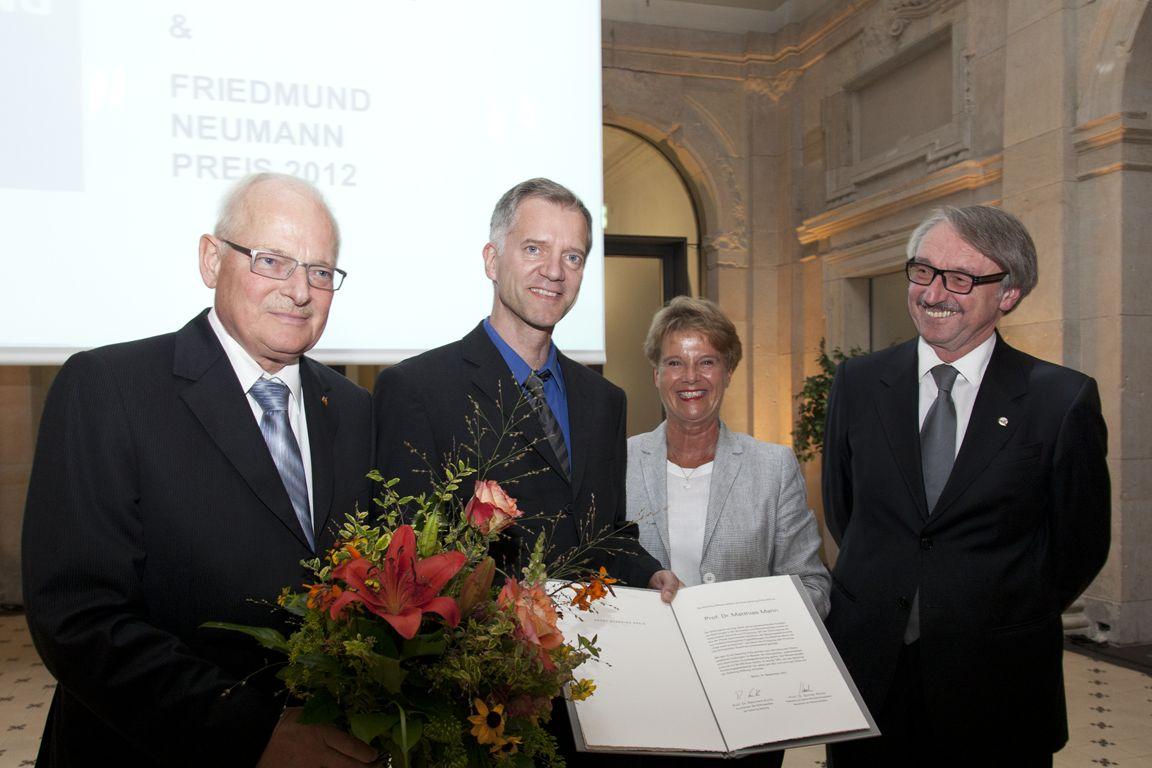 Reinhard Kurth, Matthias Mann, Ulrike Flach, Günter Stock - Ernst Schering Prize 2012