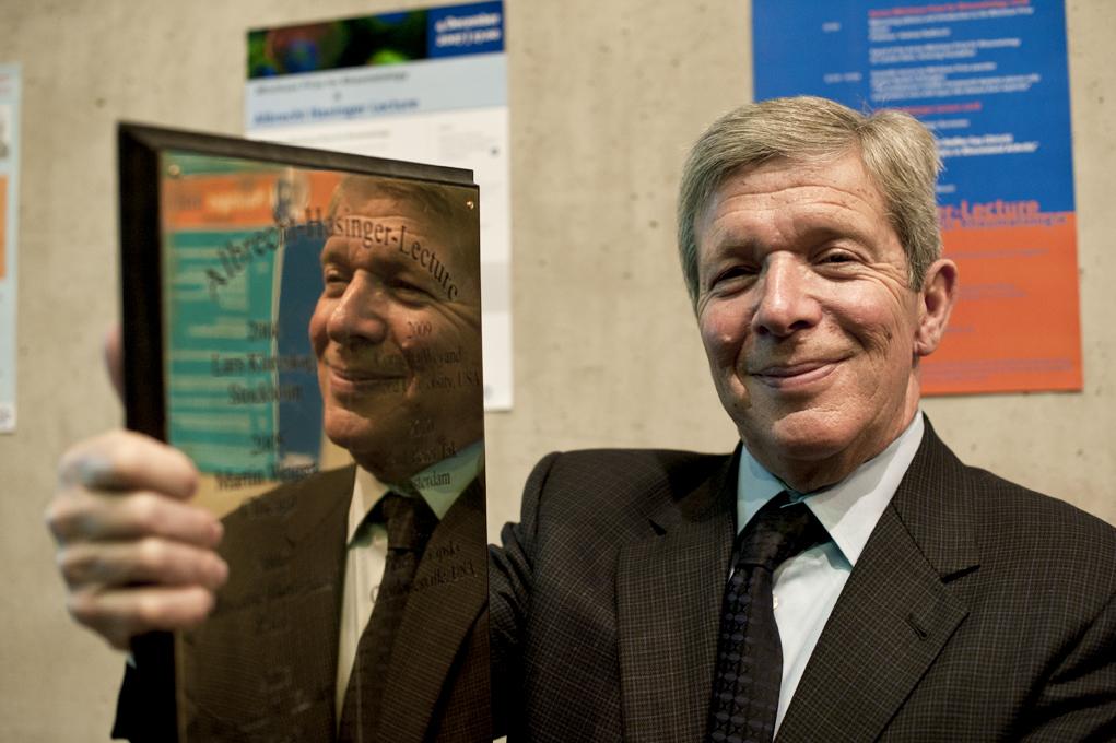 Dr. Peter E. Lipsky