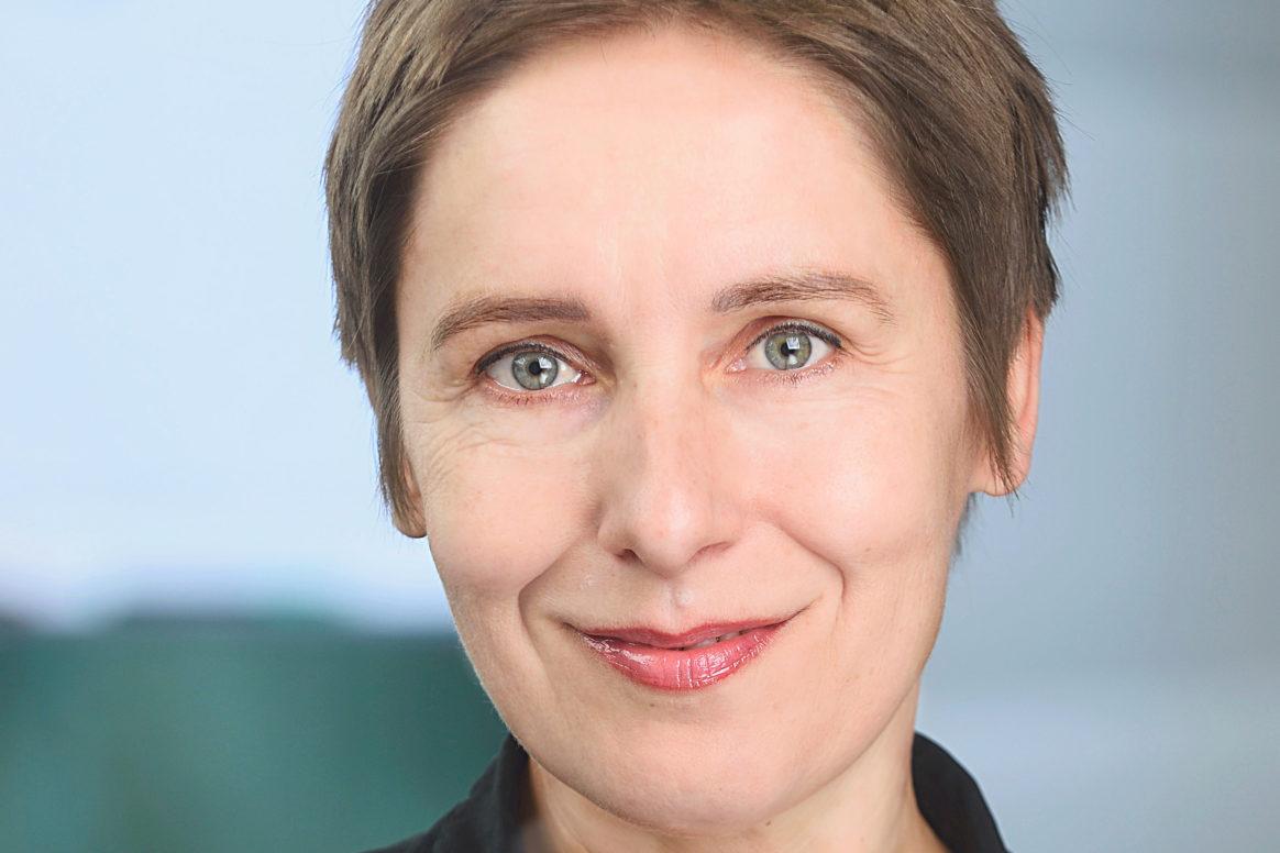 Dr. Petra Schaper-Rinkel