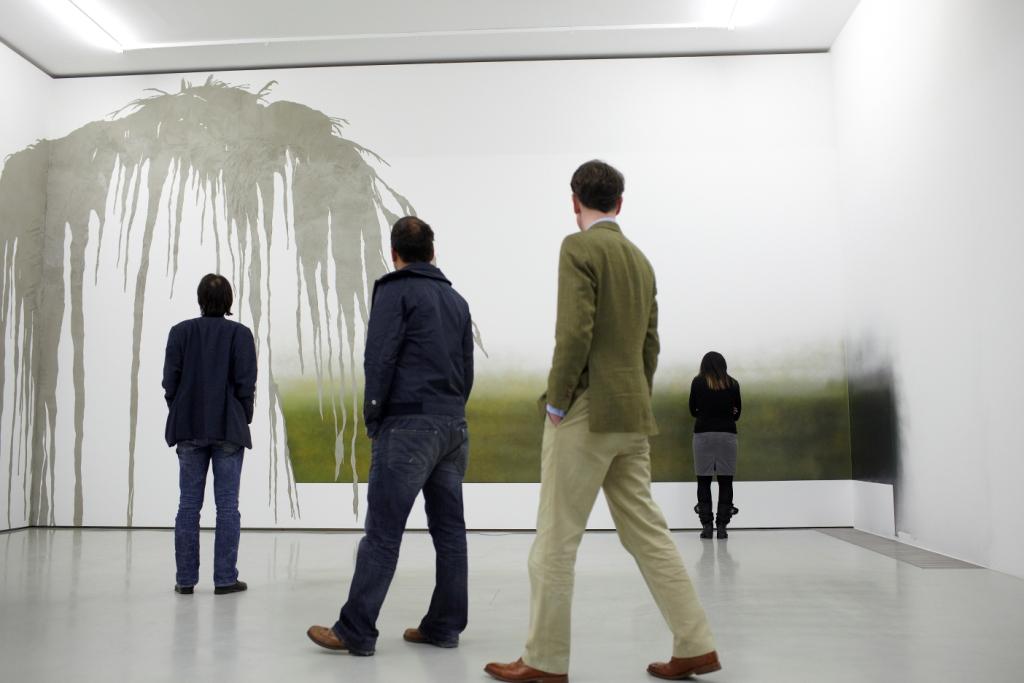 Leni Hoffmann: a whiter shade of pale, Ausstellung im Projektraum der Schering Stiftung, 2010