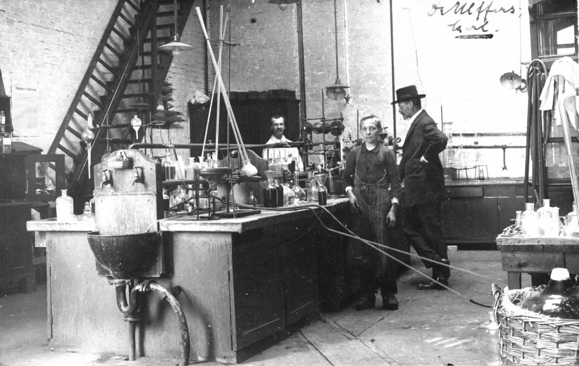 Dr. Fritz Ulffers's Camphor Laboratory
