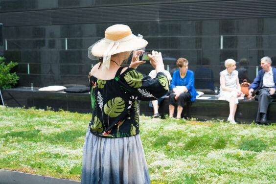 "Ausstellungseröffnung Susanne M. Winterling: ""TEMPERATE. under your skin, nano carriers through the web of life"" und Zheng Bo: ""You are the 0.01%"",  21. Juni 2021, Schering Stiftung, Fotos: Ink Agop"