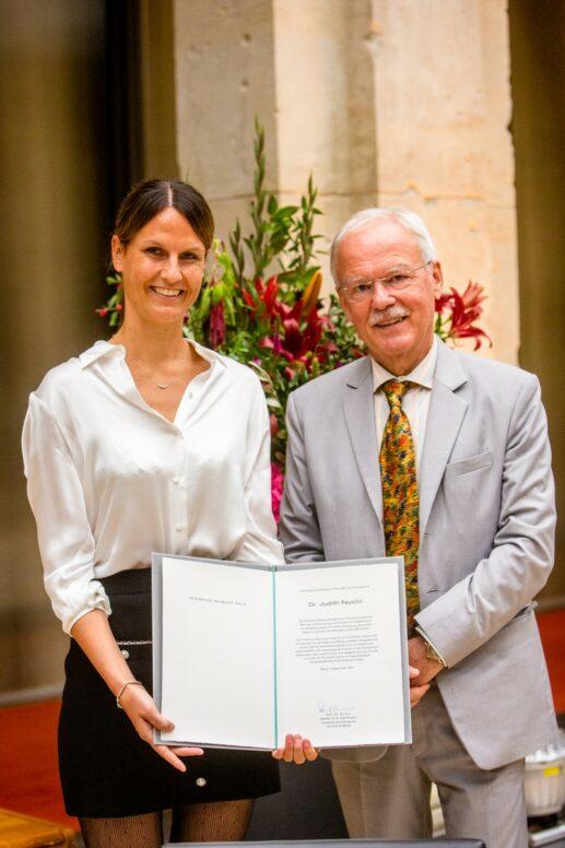 Dr. Judith Feucht, Prof. Dr. Stefan Kaufmann - Award Ceremony 2021