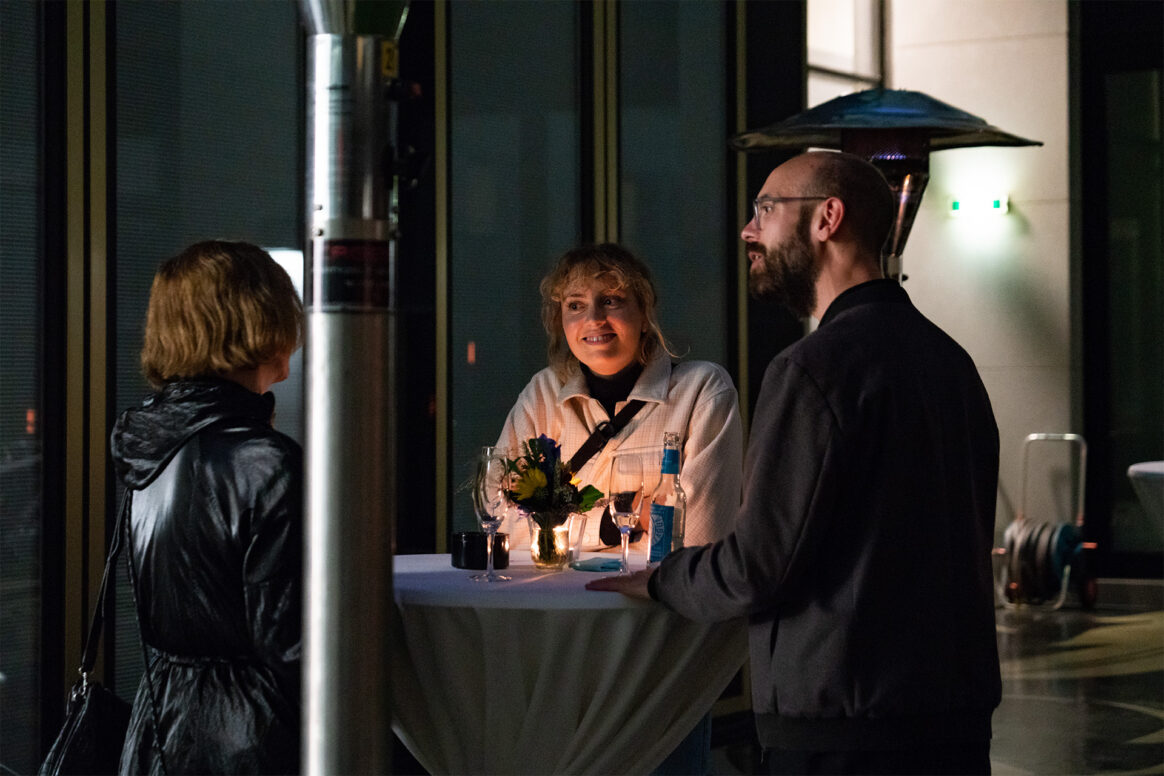"""Finissage von """"TEMPERATE. under your skin, nano carriers through the web of life"""" und Vortrag von Hannah Landecker, 16. September 2021, Schering Stiftung"""